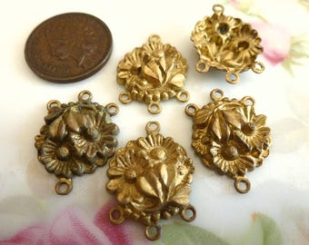 Vintage Stamped Flower Connectors, 1950s Art Nouveau, Raw Unplated Brass, Jewelry Findings, 15x20mm, 4 pieces (C38)