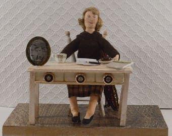 Sylvia Plath American Poet Diorama Scene Bibliophilia Gift Dark Poetry