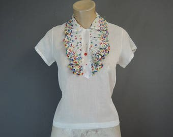 Vintage XS 1940s Cotton Blouse with Embroidered Ruffles, 30 inch bust, issues