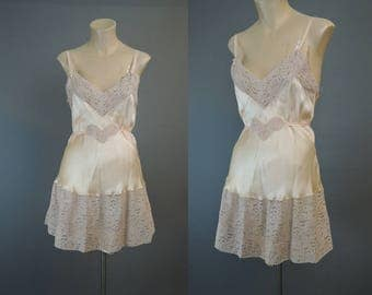 Vintage 1930s Silk Teddy with Wide Lace, 34 bust Peach Satin Chemise