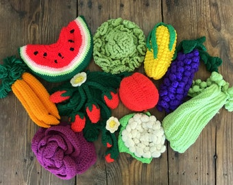 Vintage Crochet Play Fruits and Vegetables - 10 pieces