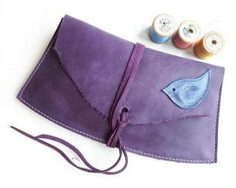 ISOLDE Wren, Fairytale Clutch Bag #3384 Violet, Ultramarine