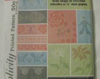 Vintage Cross-Stitch Printed Pattern Simplicity 4726