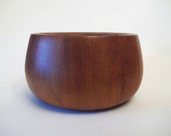 Dansk Jens Quistgaard Scandinavian Teak Wood Salad Bowl, IHQ Malaysia, 1980s