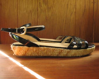PRADA WOVEN patent leather flatform sandals, 8