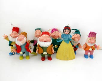 Snow White Seven Dwarfs Christmas Tree Ornaments in Box, Vintage Walt Disney French Canada