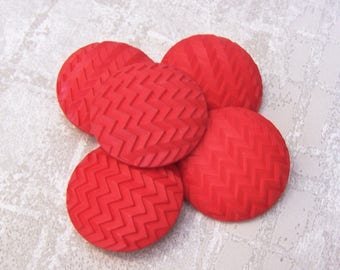 Large Red Buttons, 35mm 1-3/8 inch - Zig Zag Striped Crimson Red Shank Buttons - 5 VTG NOS Carved Chevron Retro Red Plastic Buttons PL253 bb