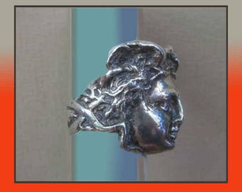 Massive MEDUSA, Sculptural Sterling Silver Ring, Medusa Face, Snake Tresses, Classic Antiquity, 19 Grams, Impressive, Vintage Jewelry, Women