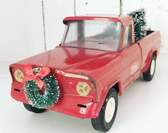 Christmas In July - Vintage Red Tonka Jeep Truck Toy with Bottle Brush Tree, Christmas Tree Truck