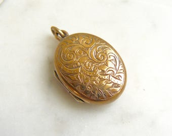 Victorian Vintage Brass Based Oval Locket