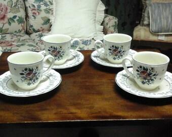 Vintage Set of 4 Tea/Coffee Cups & Saucers