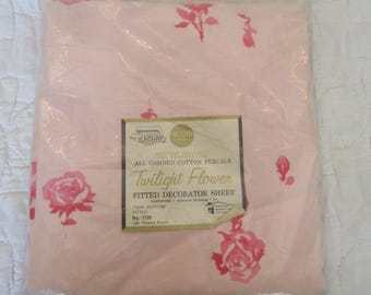 Vintage Fitted Twin Sheet Twilight Flower Pink on Pink Floral Decorator Sheet