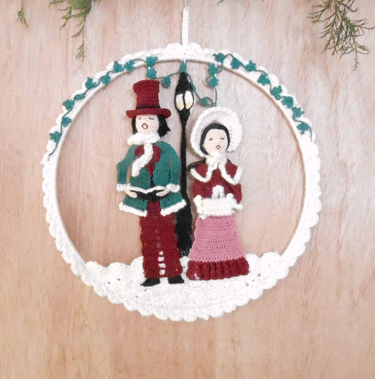 Decoration Ideas Are Christmas Carolers Decorations Needed: Christmas Carolers Wall Hanging Pattern, Christmas Holiday