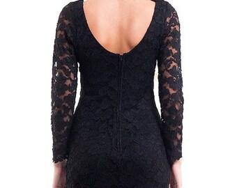 40% OFF CLEARANCE SALE The Vintage 90s Lace Little Black Dress