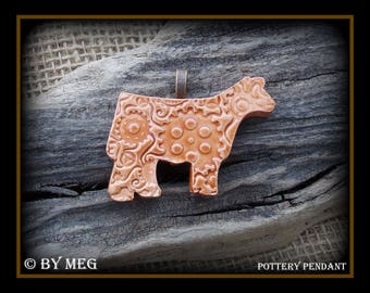 """Show Steer, Cattle Jewelry, Kiln Fired Earthenware Pottery Ceramic Pendant Approx 2"""" Wide"""