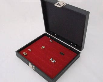 Black Leatherette Traveling Storage Case For 36 Rings With Red Insert