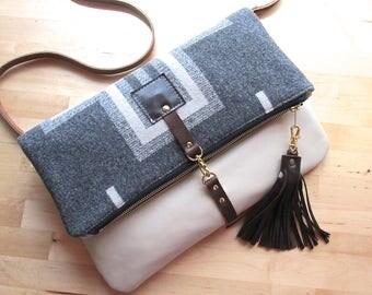 Leather Crossbody Purse, Southwest Bag, Native style Fringe Purse, Tribal Hobo in Oregon Wool, Boho Leather Bag, Modern hippie Purse