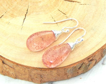 Strawberry Quartz Earrings,Red Fire Quartz,Wire Wrapped,Natural Gemstone Earrings,Strawberry Quartz Drop Earrings