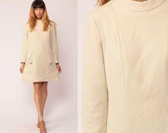 Space Age Dress Mod Mini 60s Shift Stewardess 70s Cream Funnel Neck Twiggy Polyester Vintage 1960s Gogo Long Sleeve Go Go Large