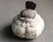 Brown Bird Pincushion Cute Bird Pin Cushion Rustic Pin Cushion Beige Floral