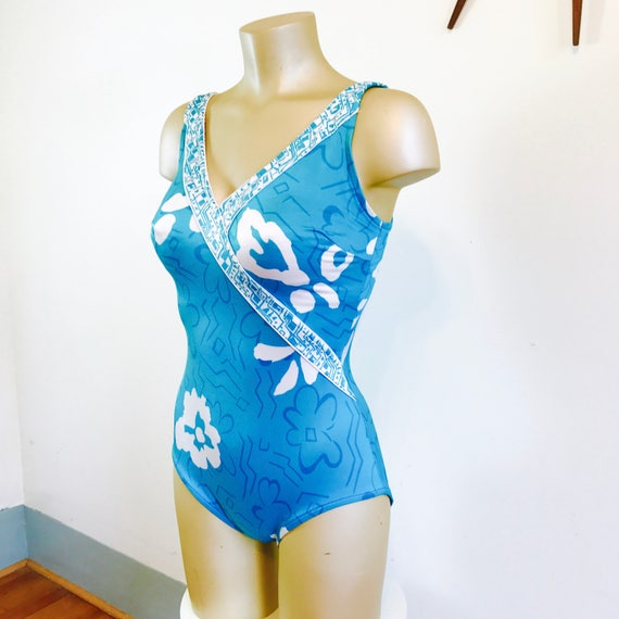 Bombshell Swimsuit, 60s Onepiece, ROXANNE swimsuit, 60s Bathing Suit, 60 Swimsuit, Tropical Tiki Print, 1960s swimwear, onepiece swimmers, M