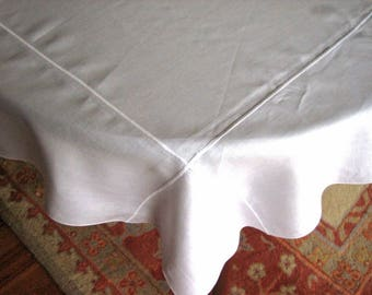 Tablecloth Vintage Beautiful Solid LINEN Cricp WHITE Table Cloth Line Border Edge