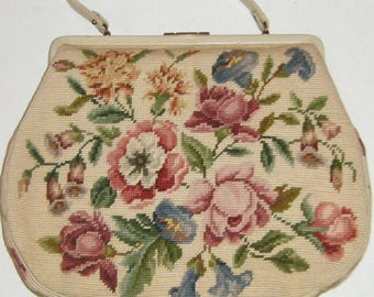 Vintage Ivory Floral Tapestry Needlepoint Purse Retro Handbag 60s Pocketbook French Country Floral Roses Snap Top Large Classic Bag Flowers