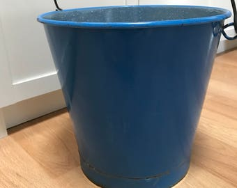 Blue Enamelware Pail Enamel Ware Bucket Swing Handle Trash Can Country Kitchen Colonial Home Farmhouse Farm