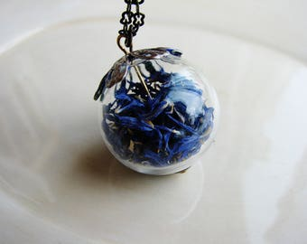 Blue Coneflower Necklace, Real Preserved Flowers, Dried Flowers Jewelry, Gift Naturalist, Terrarium Glass Orb, Specimen Under Glass