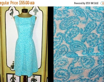 ON SALE Vintage 1960's Aqua and White Paisley Shift Dress. Medium to Large.