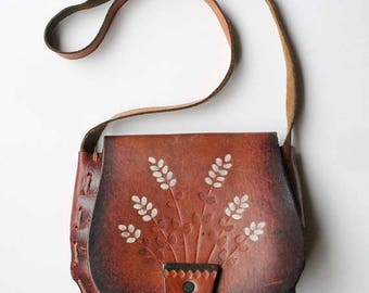 SUMMER SALE 70s BOHO Leather Purse, Tooled Leather Purse, Hippie Bag, Flower Pot, Boho Purse Painted Floral, Leatherwork Handcrafted Hand To