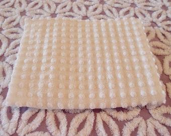 "Vintage Chenille Morgan Jones white popcorn fabric piece, 18"" x 24"" - 300-94"