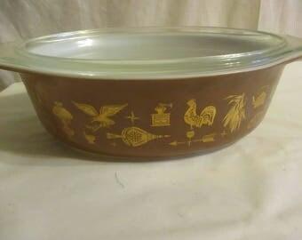 PYREX Casserole Early American brown Casserole Dish