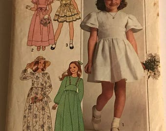 Vintage Simplicity Sewing Pattern 7947 Girls Dresses Size 5