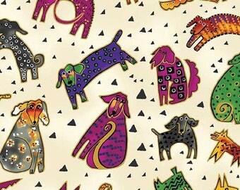Clothworks - Laurel Burch - Hunde und Hunde - große durcheinandergewürfelten Hunde w/Metallic Gold - Creme - Stoff von der Werft Y1800 - 57M