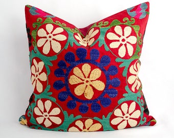 Uzbekistan, Uzbek Suzani pillow cover, made from vintage suzani silk embroidery. pillow, cushion, floral embroidery