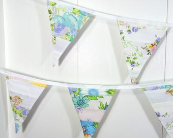 Jelly Roll Bunting Flags / Purple Bunting Flags / Vintage Sheet Pennant Flags