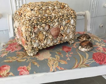 Gorgeous Box Covered In Shells ~ Beach Decor ~ Large Sea Shell Box ~ Cottage Decor ~ Vintage Home Decor ~ Boho Chic