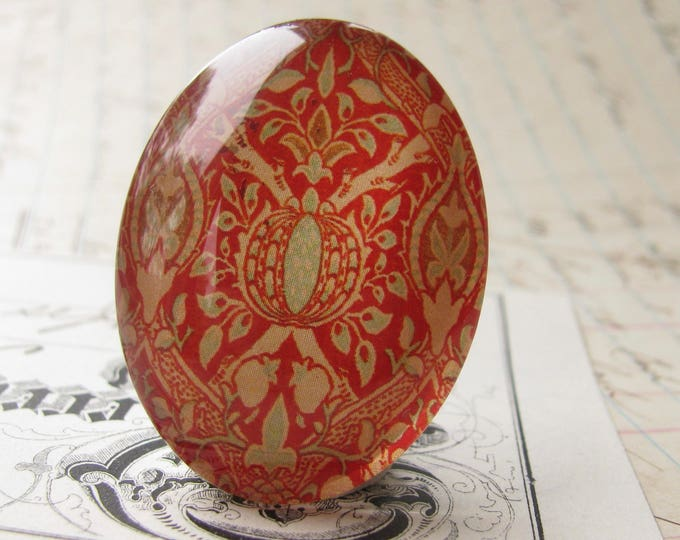 William Morris collection - red pomegranate cabochon, 40x30mm glass oval cabochon, wallpaper print, handmade in this shop, 40x30 mm 30x40mm
