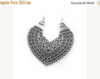 25%OFF Filigree Ethnic Pendant boho tribal Necklace 2 loops lead-free Antique Silver Greek metal casting Zamak - 1 pc