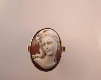 Large 14K Gold High Relief Sardonyx Cameo Ring  size 8 1/2