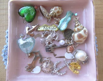Vintage Jewelry Lot, Vintage Destash, Jewelry Destash. Costume Jewelry Lots. Tiny Findings, Sea Shell Crab, Anchor, little mermaid, D68