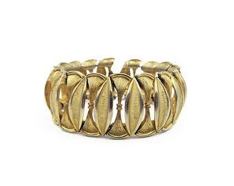 Gold Wide Bracelet, Textured Metal, Vintage Bracelet, Unsigned Designer, Hobe Style, Vintage Jewelry