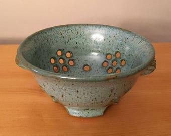 Aqua Blue-Green Berry Bowl Fruit Bowl Colander with Textured Handles - In Stock