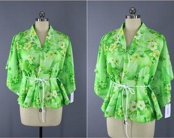 Vintage 1980s Hawaiian Shirt / 80s Green Floral Print / Hawaiian Print Aloha Shirt / Batwing Tunic Blouse / Lime Green
