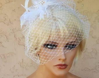 Fascinator Bridal Veil, White Birdcage Veil, Wedding Accessories,  Bridal Hair Accessories,  Feather Fascinator,  Wedding Hair Clip,  White
