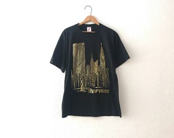 NYC twin towers tee size large