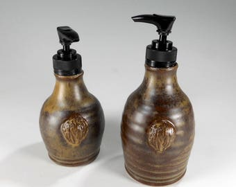 Pottery soap and lotion pumps set of 2, ceramic lotion pump, ceramic soap pump dispensers, stoneware soap dispenser, pottery lotion pump