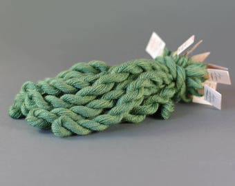 Hand-dyed embroidery yarn, natural dyes, wool, silk, cashmere thread, embroidery floss, 20m, GOLDENROD and INDIGO, green color 293