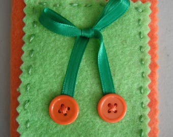 Felt Needle Case / Seamstress Gifts / Button Applique / Sewers Gifts / Needlecraft Gifts / Sewing Accessories / Sewing / Oranges